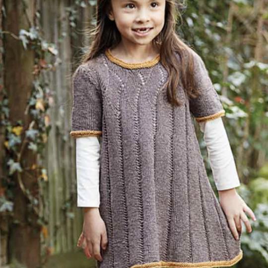 Strikket pige kjole str 2 - 8 år