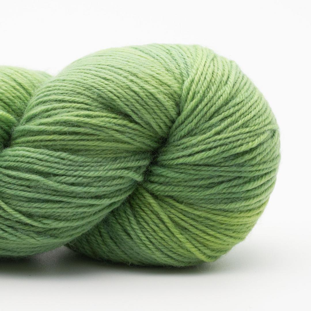 Kremke Soul Wool Lazy Lion Strømpegarn Ensfarvet meleret Summer Green