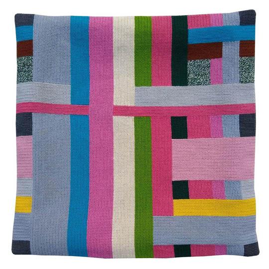 Fru Zippe Pillow still life in pink 740438