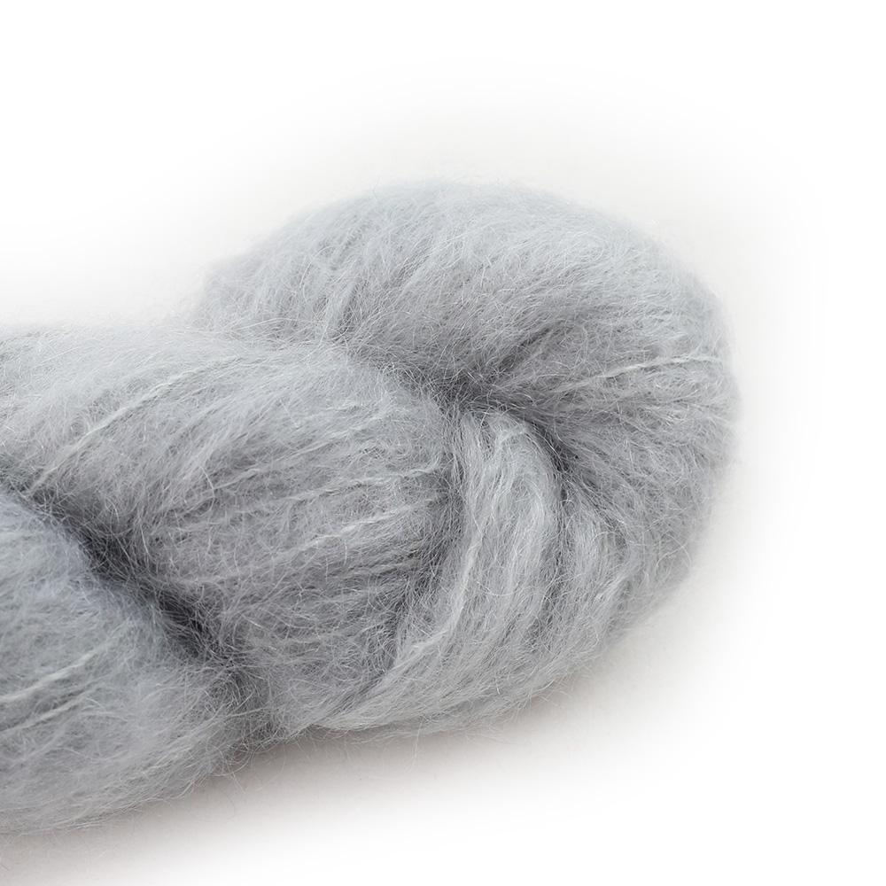 Cowgirl Blues Fluffy Mohair Semi Solids 100g 03-Silver Fox