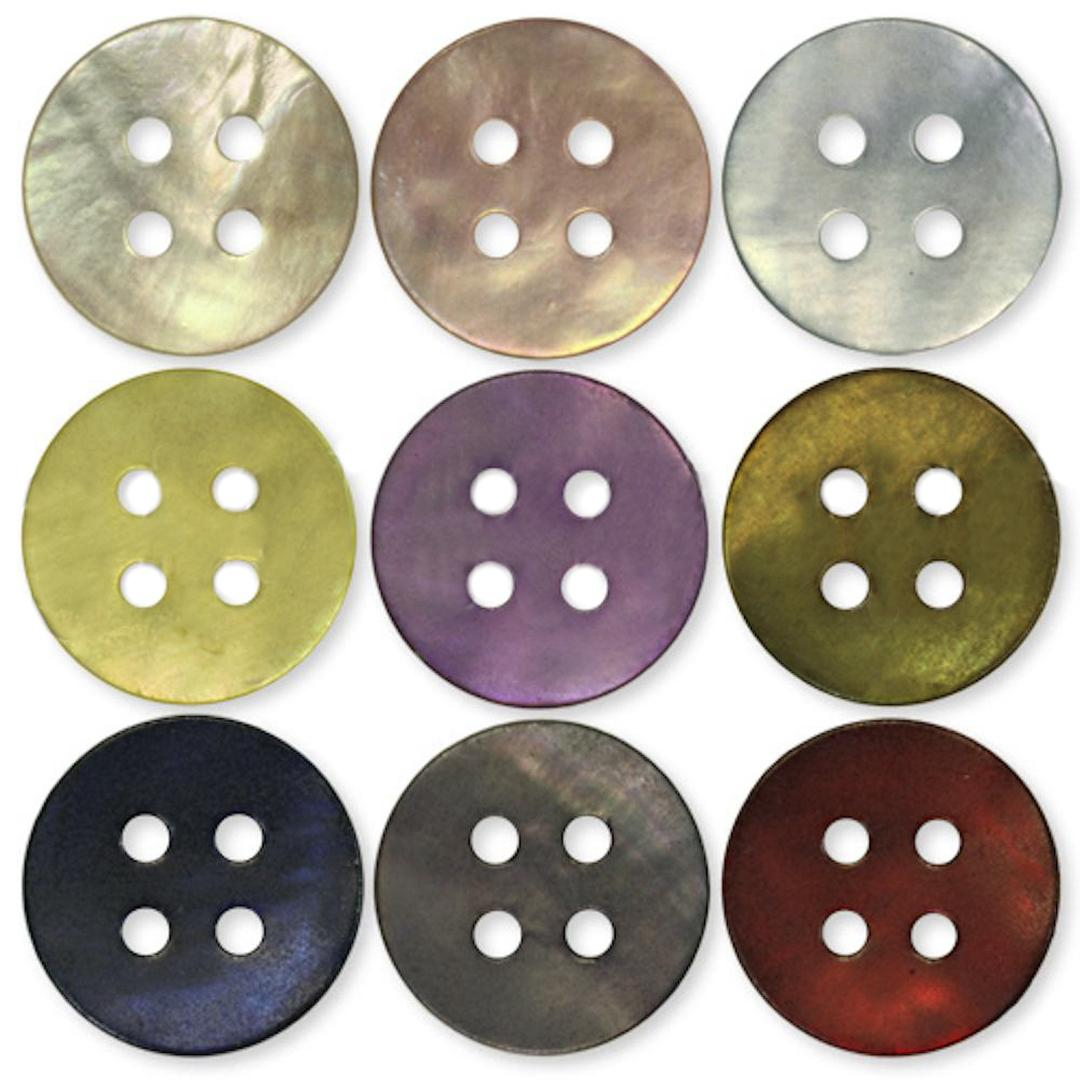 Jim Knopf Mother of pearl button in different sizes