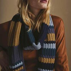 Erika Knight Trykte opskrifter til British Blue 100 discontinued designs Caspian ENG