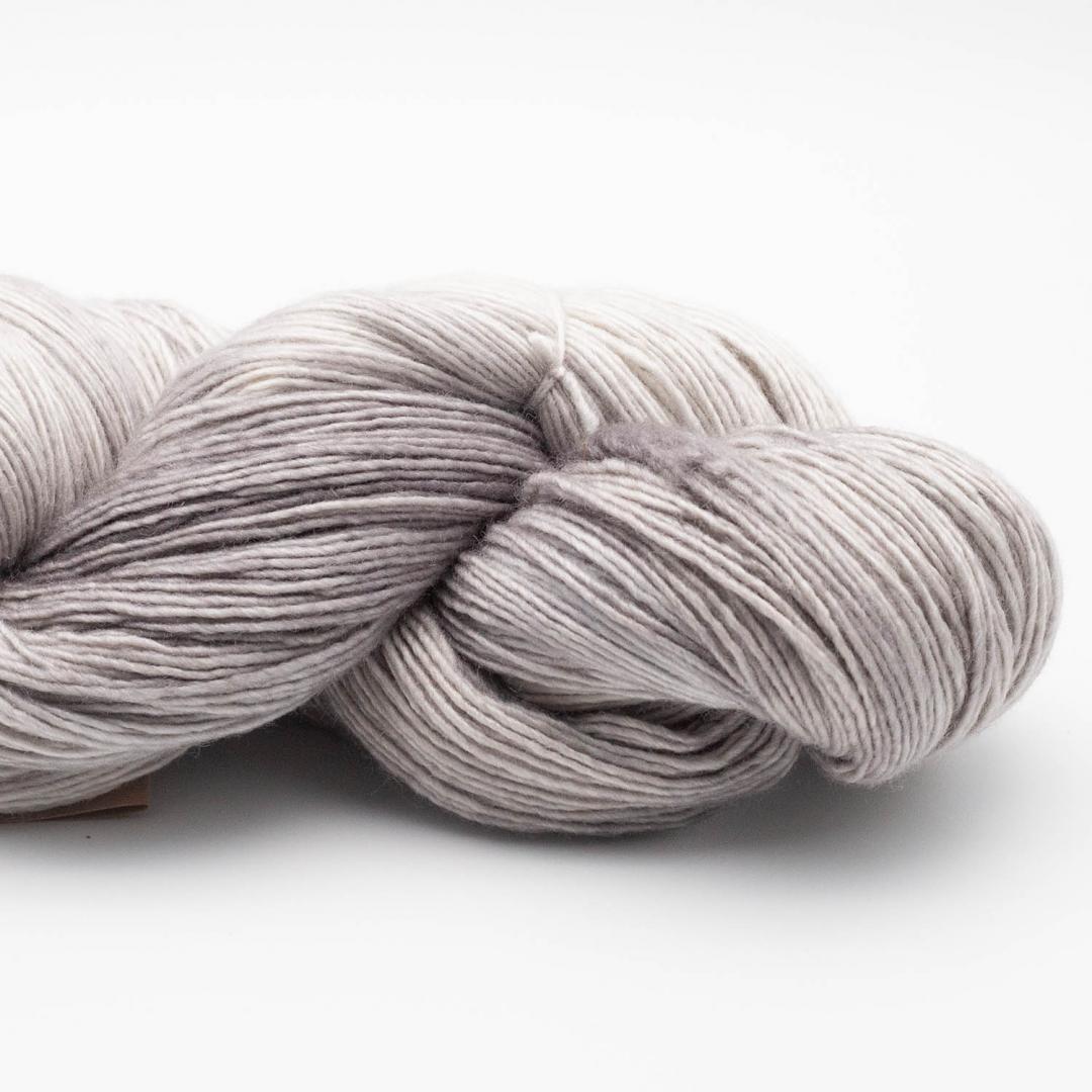 Manos del Uruguay Silk Blend Fino SilverT415