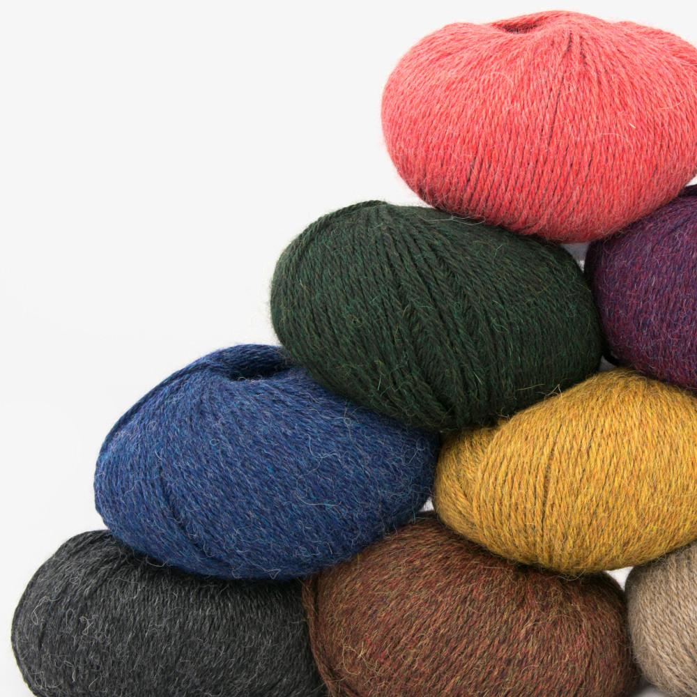 120 højkvalitets garner i 3000 forskellige farver